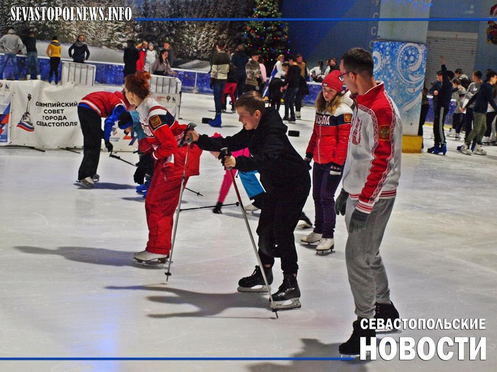 Севастополь отмечает День зимних видов спорта (ФОТО)