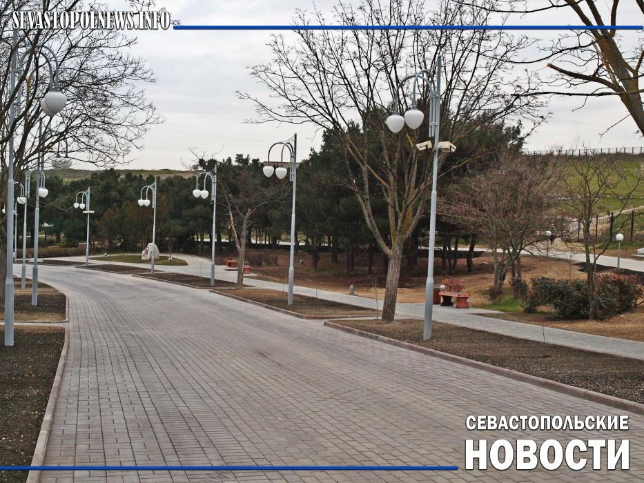 В Севастополе после реконструкции открыли парк Ахматовой (Фоторепортаж)