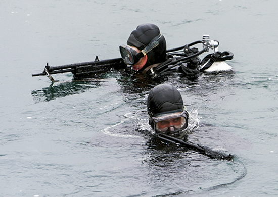 На Черноморского флота проходит учение с противодиверсионными силами