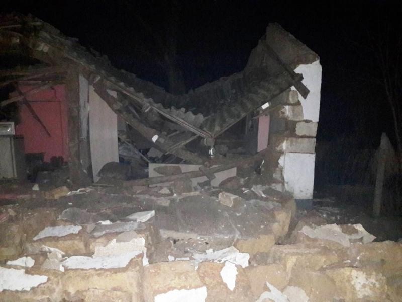 В крымском селе взорвался балон с газом: спасены пять человек, травмирован пожарный