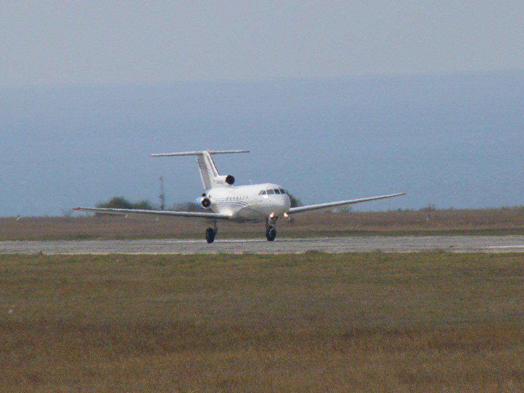 Вынужденная посадка самолета в аэропорту Симферополя прошла в штатном режиме